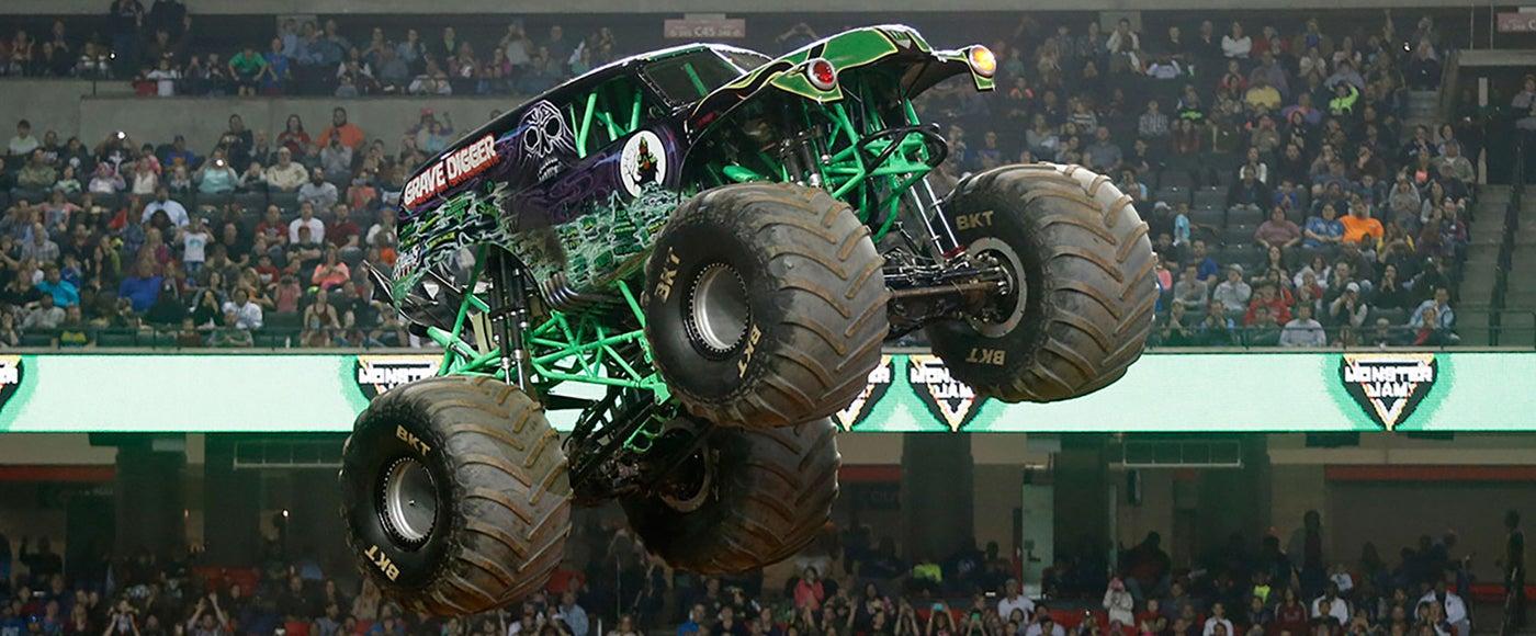 Monster-Trucks-spotlight.jpg